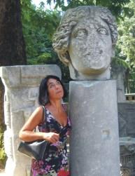 Alessandra Urbano è autrice di libri per MMC Edizioni
