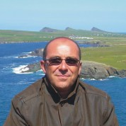 Paolo Casolari è autore di libri per MMC Edizioni
