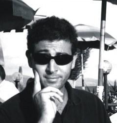 Simone Maurilli è autore di libri per MMC Edizioni